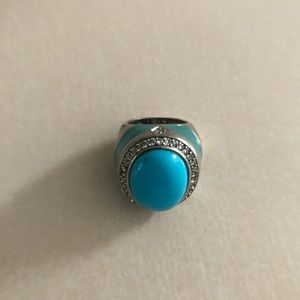 VINTAGE STUNNING BLUE WITH SILVER TONE RING